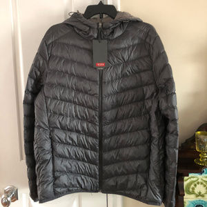 NWT Tumi Packable Hooded Jacket